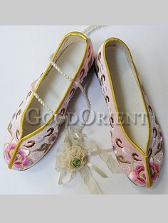 Embroidery floral shoes--Pink 2d167366eedd
