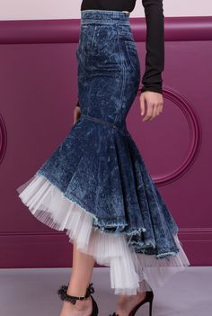 / calandra skirt / high waited with denim and tulle ruffled hemline / maria lucia hohan / Fashion Sewing, Denim Fashion, Girl Fashion, Fashion Show, Fashion Dresses, Fashion Trends, Fashion 2018, Fashion Edgy, Fashion Women