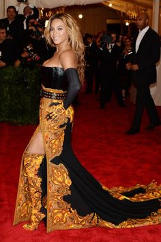 Beyonce in Givenchy Couture at the MET Gala 2013