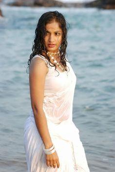 Tamil Telugu Malayalam Cinema Actress, Dancer, Model Madhavi Latha wet in Saree Stills