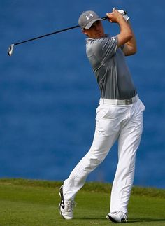 Jordan Spieth In Contention At The 2014 Hyundai Tournament Of Champions In Maui, HI. -Golf Digest