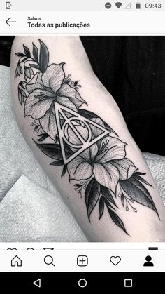 Sister Tattoos, New Tattoos, Tatoos, Book Tattoo, I Tattoo, Harry Pottertattoo, Geometric Flower, Make Your Mark, Sleeve Designs