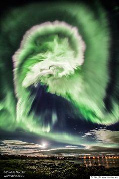 Ένα «τέρας» στους ουρανούς της Ισλανδίας: Όταν το Βόρειο Σέλας έγινε...δράκος