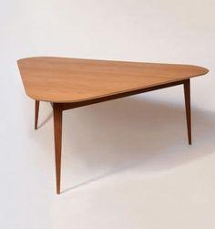 mesa-triangular-01