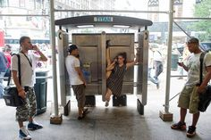 phone-booth-dancer