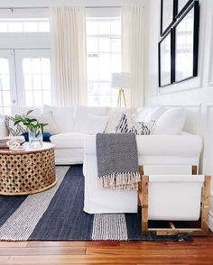 Room Diy Decor Ideas Modern Coastal Decorating Ideas for Your Home - jane at home.Room Diy Decor Ideas Modern Coastal Decorating Ideas for Your Home - jane at home Coastal Living Rooms, Home Living Room, Living Room Designs, Living Room Decor, Bedroom Decor, Home Modern, Modern Coastal, Coastal Style, Navy And White Living Room