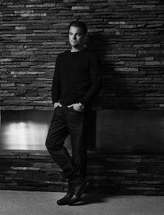 Leo Black & White