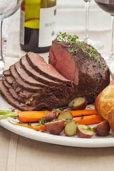 Each of these Christmas dinner menus feature a main course—including ham, turkey, beef, and vegetarian options—paired with two or three side dishes, desserts, or drinks to jump-start your Christmas or Christmas Eve dinner menu planning. #christmasmenu #christmasdinner #holidayfoods #christmasmenuideas #holidayrecipes #bhg