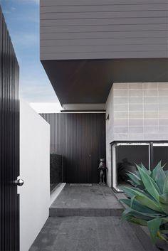 Dulux colour: Routeburn #Dulux #houseenvy #design #homedecor #style #inspiration #homedecoration #homestyle #duluxnz #painting #paint #exteriorpaint #frontdoor #exteriorinspiration #traditionalhome #frontdoorinspiration