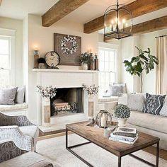 Cozy farmhouse style living room decor ideas (8)