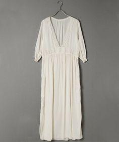 Long lace dress / ShopStyle: Adam et Rope 透かしレースパッチワンピース