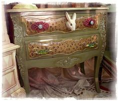 Furniture, Shabby chic and Painting furniture on Pinterest