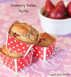 Strawberry Banana Muffins made with #GreekYogurt ~ Lauren Kelly Nutrition