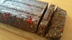Fotorecept: RAW makové koláčiky | Dobruchut.sk Banana Bread, Seeds, Gluten Free, Desserts, Food, Poppy, Glutenfree, Tailgate Desserts, Deserts