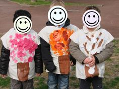 Arbres au printemps : gouache tamponnée, fleurs en tissu, paillettes Arbres en été : gouache tamponnée, tissu irisé. ...