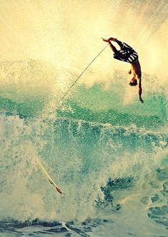 yeew!!! // surfing, wave, barrell, tube, swell, solid, beach break, water, ocean, ocean vibes, beach life, wipeout