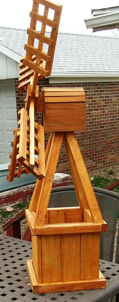 Water Crafts\' builds and sells water wheels, water wheel fountains ...