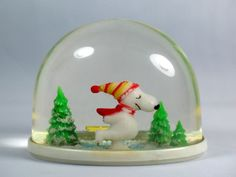 Peanuts Christmas, Christmas Snow Globes, Christmas Past, All Things Christmas, Vintage Christmas, Xmas, Christmas Ornaments, Chrissy Snow, Vintage Snow Globes