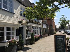 The Phoenix Tavern, Faversham. Open daily from - serving guest ales, traditional pub food, European and seafood. Large beer garden quiz nights and live music venue. Inglenook Fireplace, Seafood Platter, Gate House, Pub Food, Sunday Roast, Beer Garden, Evening Meals, Brewery, Phoenix