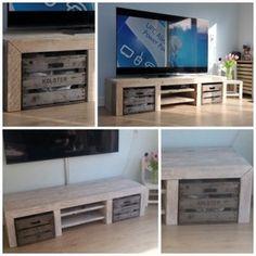 Dressoir Lyvia - steigerhout met fruitkisten - made by JohnnyBlue.nl Flat Screen, Deco, Home, Blood Plasma, Ad Home, Flatscreen, Decor, Deko, Homes
