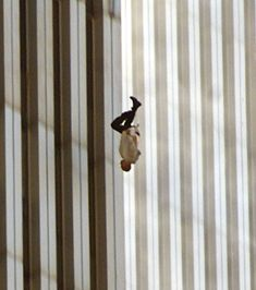 World Trade Center Attack, World Trade Center Nyc, 11 September 2001, Remembering September 11th, The Falling Man, History Page, World History, Vintage Photographs, Vintage Photos