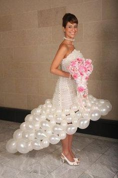 Awesome/crazy: Wedding gowns made of balloons | Summer Time Fun - Yahoo Shine