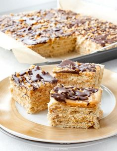 Snickers cake without baking Polish Cake Recipe, Polish Recipes, Polish Food, Sweet Recipes, Cake Recipes, Dessert Recipes, Sweets Cake, Cookie Desserts, Snickers Cake