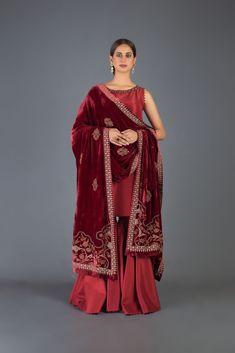 Dress With Shawl, Dress Up, Latest Fashion Trends, Fashion Brands, Semi Formal Wear, Velvet Dresses, Cashmere Shawl, Fast Fashion, Winter Dresses