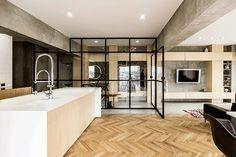 Syncopated, Revolving Door Condo,Courtesy of Tomokatzu Hayakawa Architects