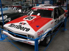 Holden Torana race car, as made famous at Bathurst by the one and only legend of the racetrack, Peter Brock. Holden Muscle Cars, Aussie Muscle Cars, Australian V8 Supercars, Australian Cars, Sexy Cars, Hot Cars, Holden Torana, Holden Australia, Cool Old Cars