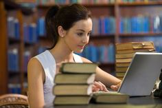 With the Internet, there is no excuse for you to not be learning at least one new thing every day. Check out these 17 awesome free online learning sites. Novo Cpc, Massive Open Online Courses, Cool Websites, Learning Websites, Learning Resources, Learning Methods, Educational Websites, Higher Education, Education Sites