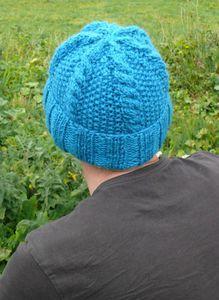 Tuto bonnet   1 m 1 Hat 2   Pinterest   Tricot Bonnet และ Bonnet ... 98b3d0bb975