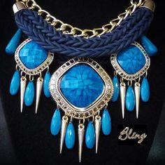 Collar de Pedrería Azul Modelo 0060 $150 consiliari.wix.com/bling www.facebook.com/BlingMx