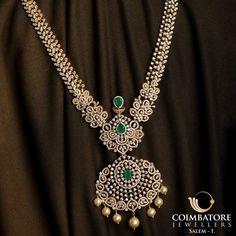 Diamond Jewellery, Gold Jewelry, Jewlery, Jewellery Designs, Gold Fashion, Indian Jewelry, Fashion Necklace, Jewelry Stores, Diamond Jewelry