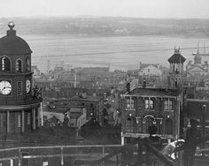 Halifax harbor, where the Titanic victims were taken. This is ca 1917 (the time of the big explosion in Halifax, Nova Scotia, Canada but apparently pre-explosion) Halifax Map, Halifax Explosion, Titanic Underwater, Real Titanic, Canadian History, Cape Breton, Interesting Buildings, Nova Scotia, Travel