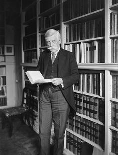 Oliver Wendell Holmes is one of several supreme court justices buried at Arlington National Cemetery. Oliver Wendell Holmes Jr, Harvard Law, National Cemetery, Supreme Court Justices, World Of Books, Us History, Law School, Jfk, Bleary Eyed