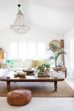 Gold Coast home of Lesa Lambert, bliss stylist and talent behind Instagram sensation Moss and Twine.