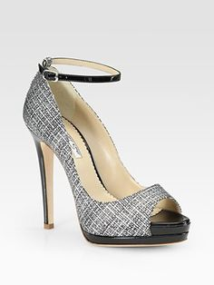 Oscar de la Renta Amalia Tweed-Print Patent Leather Peep Toe Platform Pumps | http://www.saksfifthavenue.com/main/ProductDetail.jsp?FOLDER%3C%3Efolder_id=2534374306418075&PRODUCT%3C%3Eprd_id=845524446449646&R=883915847386&P_name=Oscar+de+la+Renta&N=1843+1686+4294922162+306418075&bmUID=joS3uON