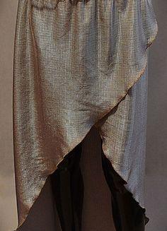 Kup mój przedmiot na #vintedpl http://www.vinted.pl/damska-odziez/spodnice/13140879-spodnica-river-island-srebrna