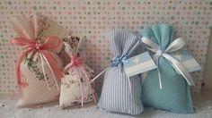Sachê Perfumado em tecido. Lembrancinha para chá de bebê, nascimento, casamento ou aniversário. Estampas á escolha do cliente.