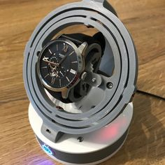 https://www.youtube.com/watch?v=PU0YnLrTvk0 EN: Automatic watch winder (Mechanical) Composing of room to print in 3D The program of the arduino is provided Provide : Screws M3 of different length M3X12mm M3x8mm https://fr.aliexpress.com/item/New-120cs-Set-M3-Button-Head-Socket-Cap-Screw-Assortment-Kit-4-6-8-12-16/32708635247.html?spm= a2g0s.9042311.0.0.mdmZ7p -------------- Arduino Uno: https://www.am...