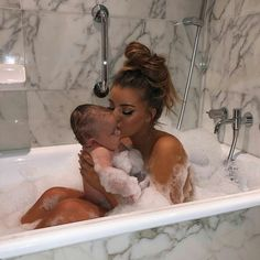 If you can't get away create a little getaway for mom and baby in the bath tub. Mom & Baby Bath is effective enough . Dad Baby, Mom And Baby, Cute Kids, Cute Babies, Gracie Piscopo, Couple Pregnancy Photoshoot, Bath Photography, Teen Mom, Cute Little Baby