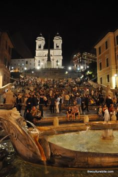 Trippy.com's travel enthusiasts share their insider tips and pictures about Spanish Steps