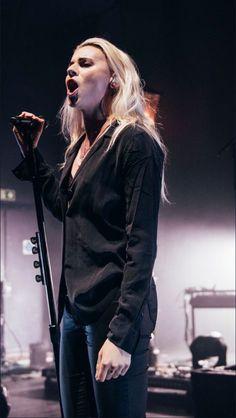 Lynn Gunn.