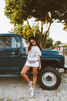 Look descolado para festival Self Photography, People Photography, Book Festival, Foto Pose, Selfies, Tumblr Girls, Sport Outfits, Celebrity Style, Instagram