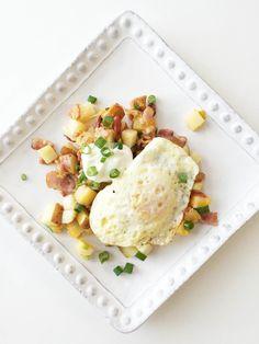 Skinny Loaded Potato Breakfast Skillet — The Skinny Fork