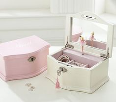 Shop white jewelry box girls from Pottery Barn Kids. Find expertly crafted kids and baby furniture, decor and accessories, including a variety of white jewelry box girls. Little Girl Jewelry, Girls Jewelry Box, Kids Jewelry, Large Jewelry Box, Wooden Jewelry Boxes, Jewellery Boxes, Pottery Barn Kids, Ballerina Jewelry Box, Ideas Geniales