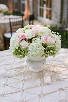 porcelain centerpiece | Annabella Charles #wedding