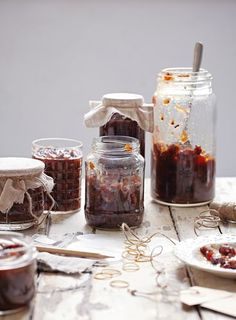 Who wouldn't love a gift of chutney to go on their cheese board? This Apple and Sultana Chutney from Great British Bake Off Winter is robust and tangy.