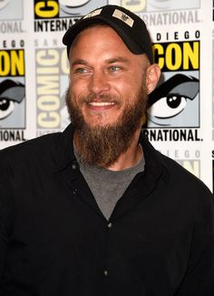 """Travis Fimmel Photos Photos - Actor Travis Fimmel attends the """"Vikings"""" press line during Comic-Con International 2014 at Hilton Bayfront on July 2014 in San Diego, California. - """"Vikings"""" Press Line - Comic-Con International 2014 Travis Fimmel, Most Beautiful Man, Gorgeous Men, Travis Vikings, Vikings Tv Series, Viking Shirt, Vikings Season, Ragnar Lothbrok, History Channel"""